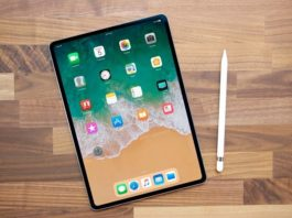 Apple promises that the device can run up to 10 hours of battery life in new iPad (2018).